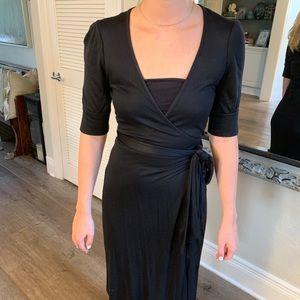 Diane Von Furstenburg Black wrap dress Size 6